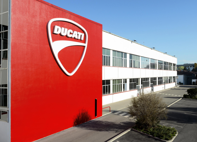 Il 2016 è stato un altro anno positivo per Ducati. La Casa motociclistica  ha consegnato 55.451 moto ai clienti di tutto il mondo ddd469f3de8a
